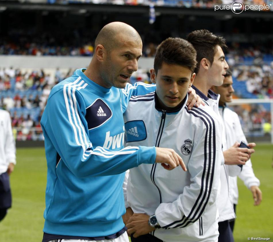 Zidane And His Son Zidane Introduces His Son