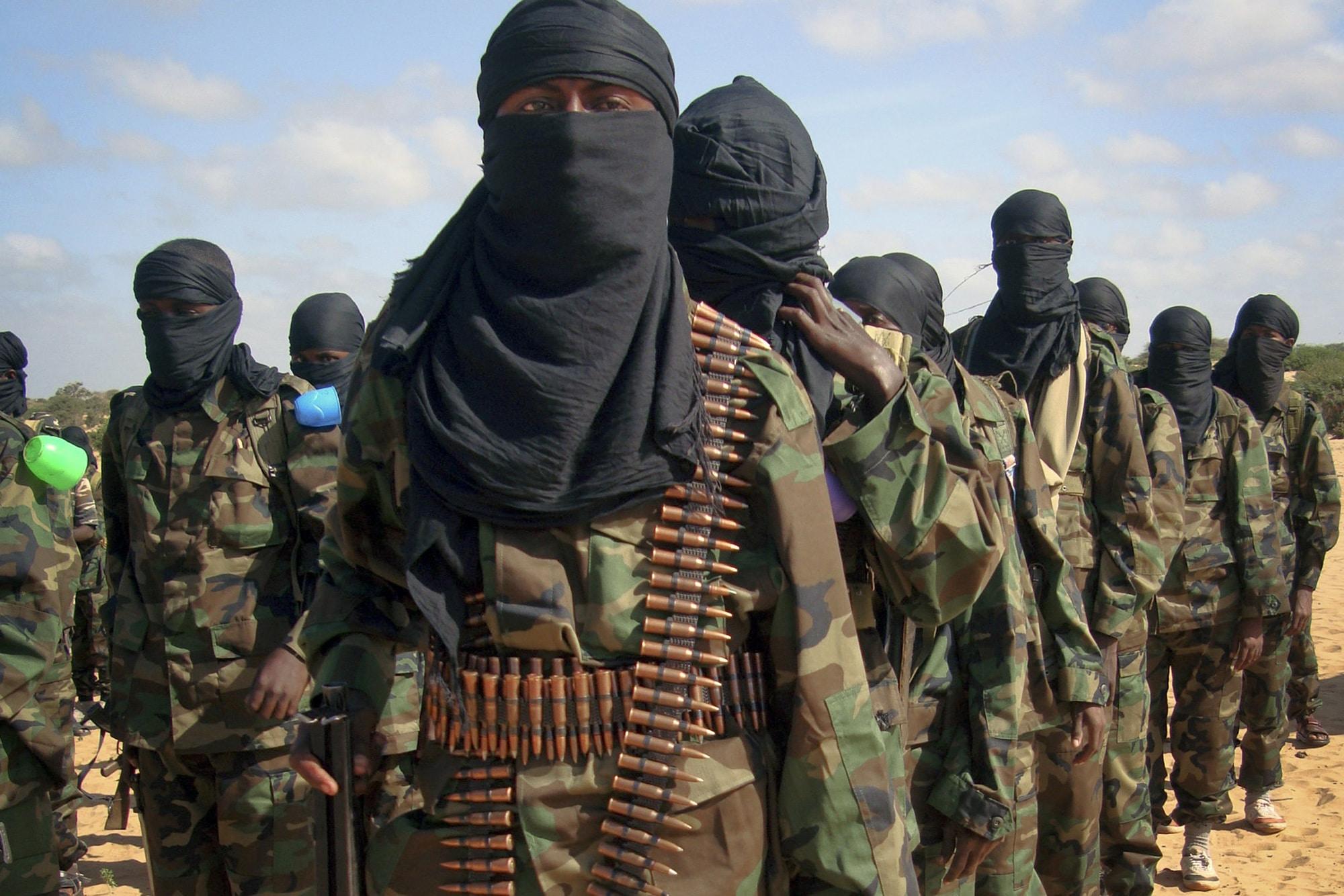 Боевики ИГИЛ опубликовали видео с казнью заложников в Париже