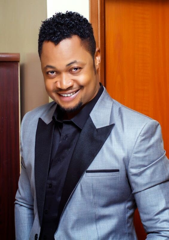 Nollywood Actor Vincent Opurum Proposes To Girlfriend