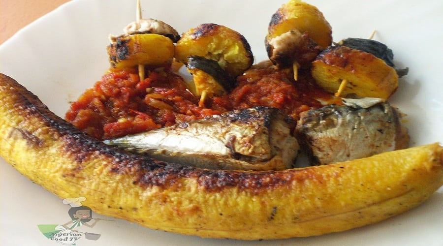 Roasted Plantain With Fried Fish And Pepper