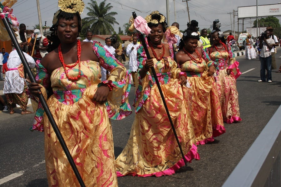 Efik full figured women with healthy waistlines to show for it | Photo credit: Kwekudee