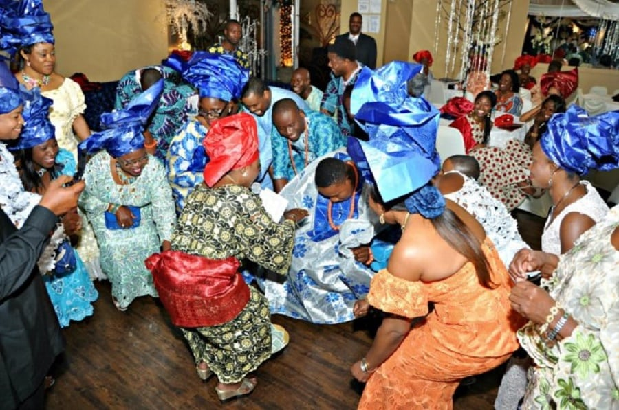 Rich and colorful traditional marriage ceremony in Imo state | Photo credit: date360.net