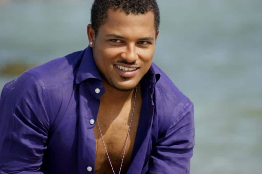 Van Vicker: Net Worth and Biography