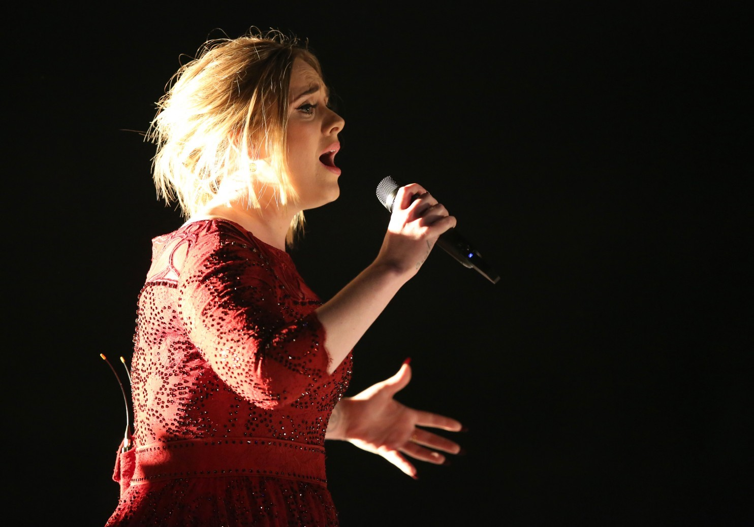 Adele Performing at The 58th Annual Grammy Awards Show