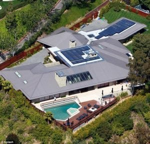 Jennifer Aniston Beverly Hills mansion which she reportedly put on sale for $ 42m in 2011, it features ocean to city views of Los Angeles