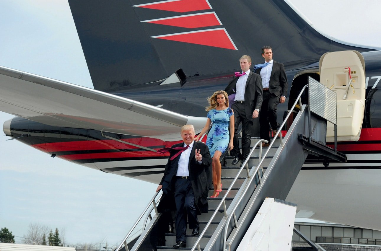 Donald Trump on board Boeing 757 with his children | Photo credit: Yachtscroatia.hr