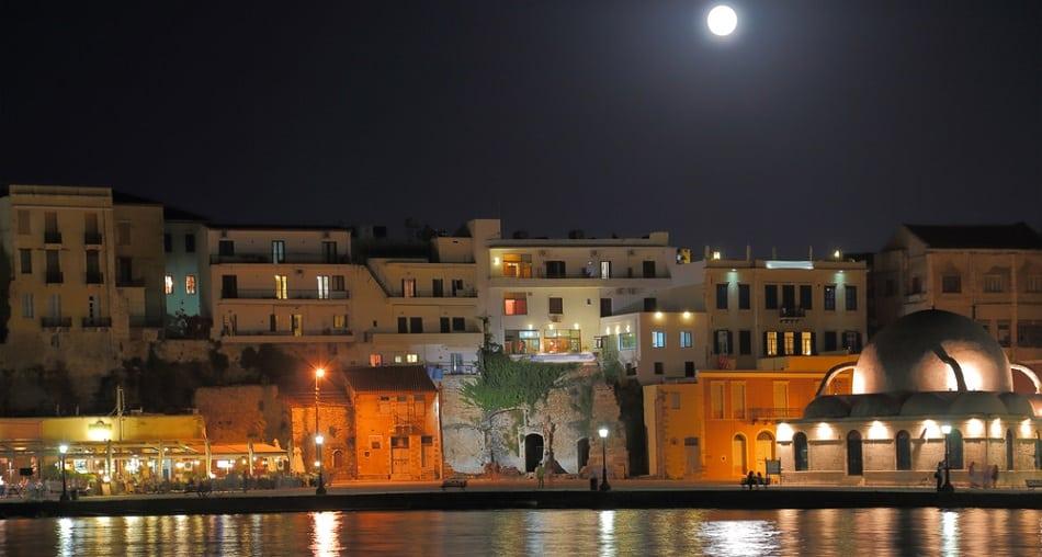 chania at night