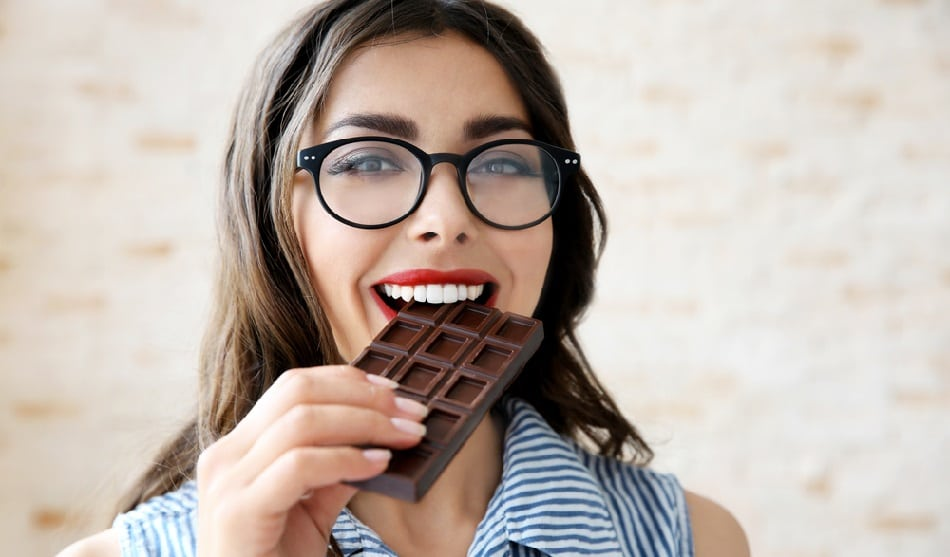 eating dark chocolate boosts memory