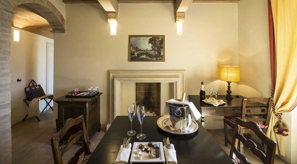 Velona Castle Suite