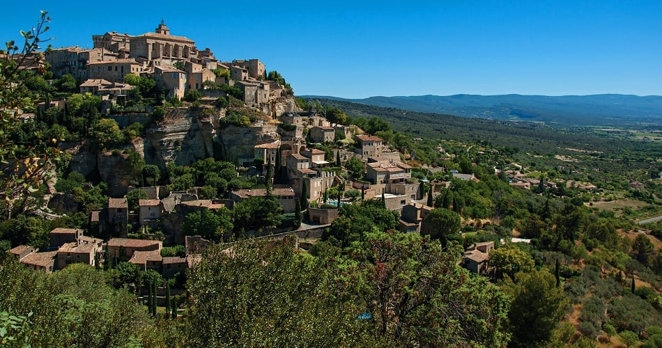 Panoramic view of the village of Gordes