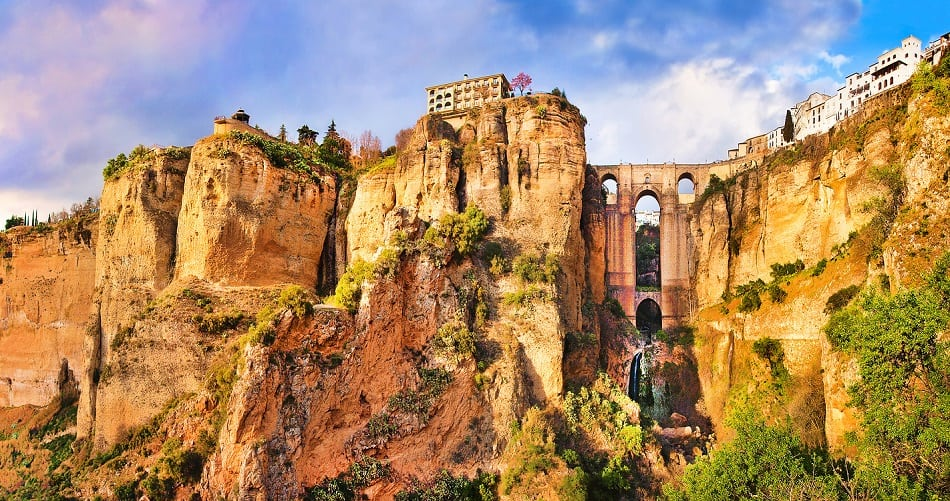 Panoramic view of the old city of Ronda