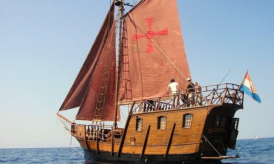 Split Pirate Tour