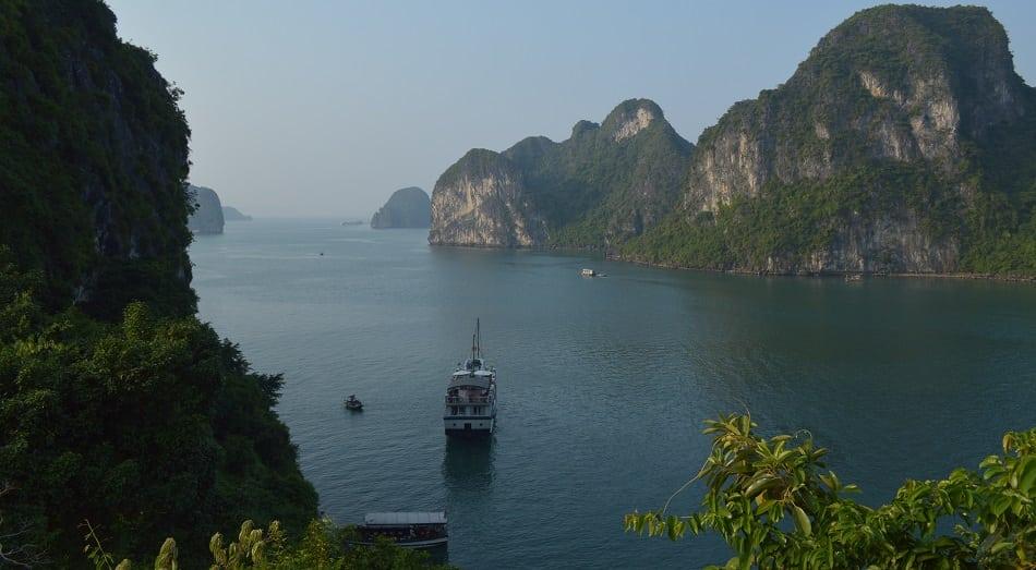 Ha Long Bay with Boat Vietnam